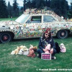 our-lady-of-eternal-combustion-art-car-reverend-linville-art-car-agency-photo-harrod-blank-main-lec2
